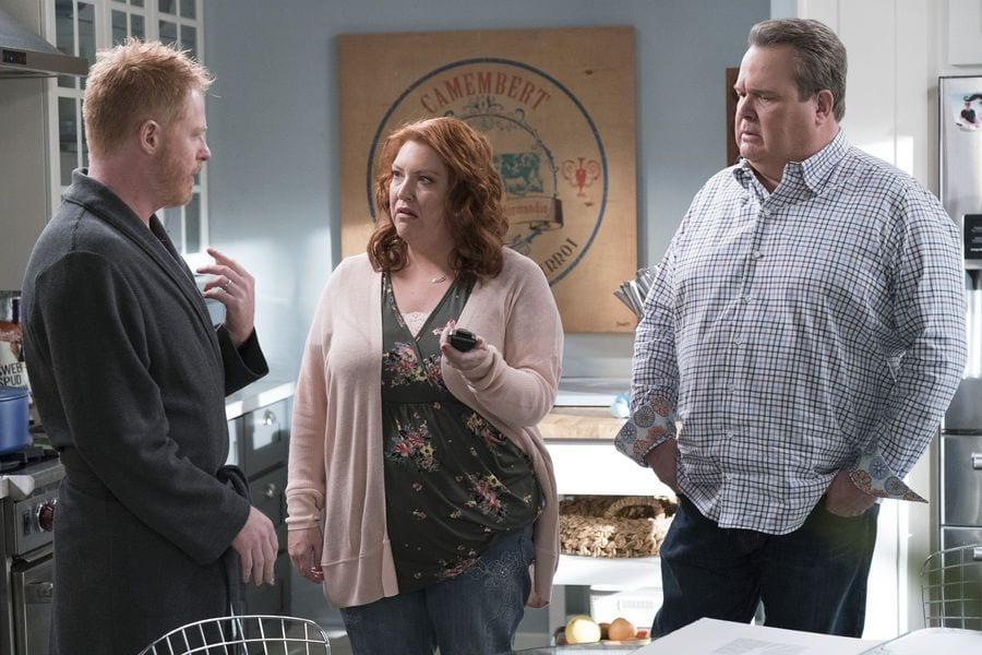 Modern Family Season 10 Episode 11