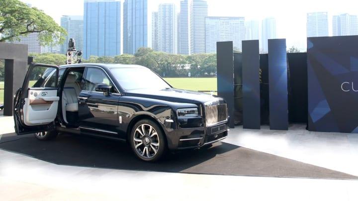 Rolls Royce Cullinan Suv update