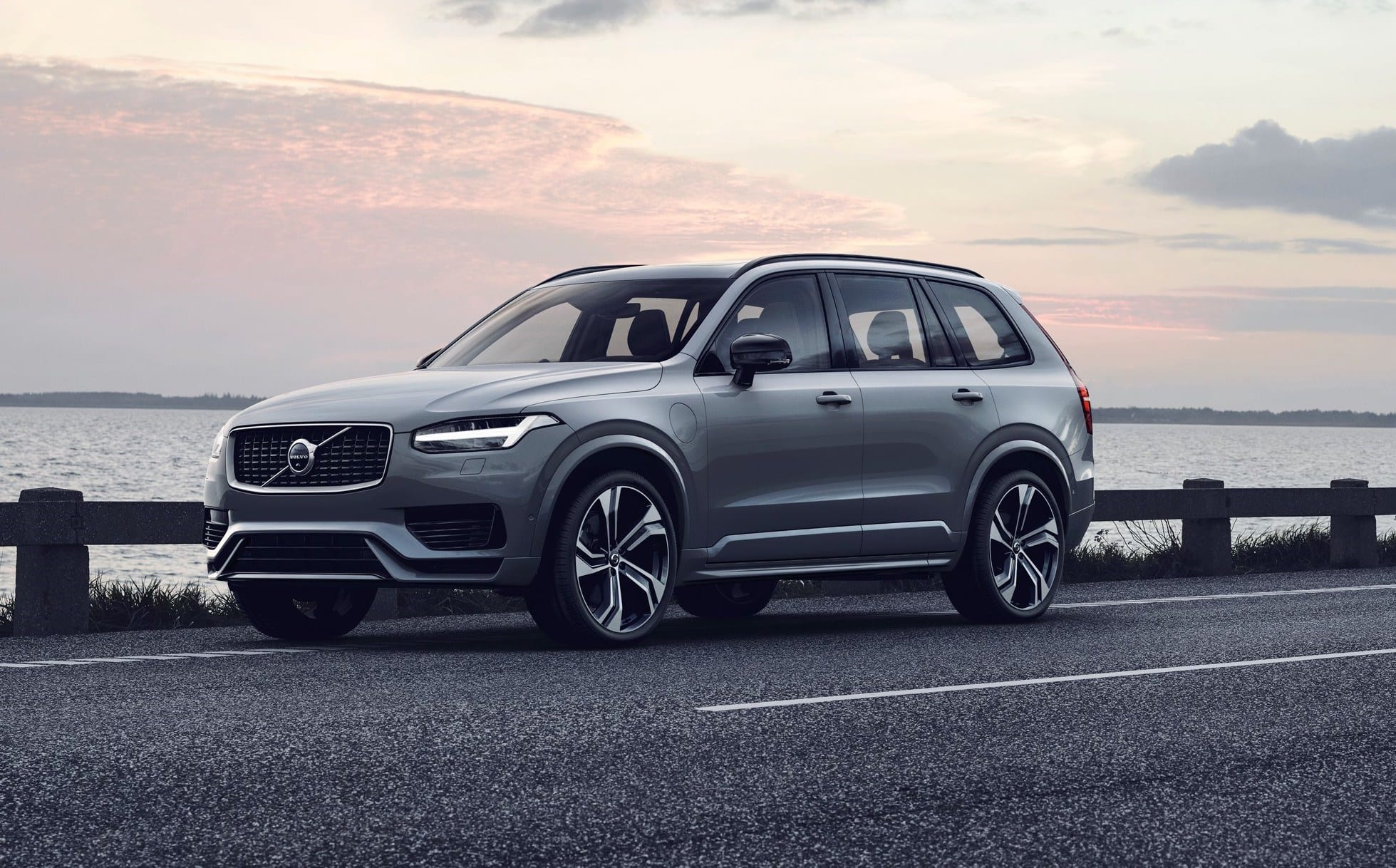 2020 volvo xc90 facelift specifications and features unveiled