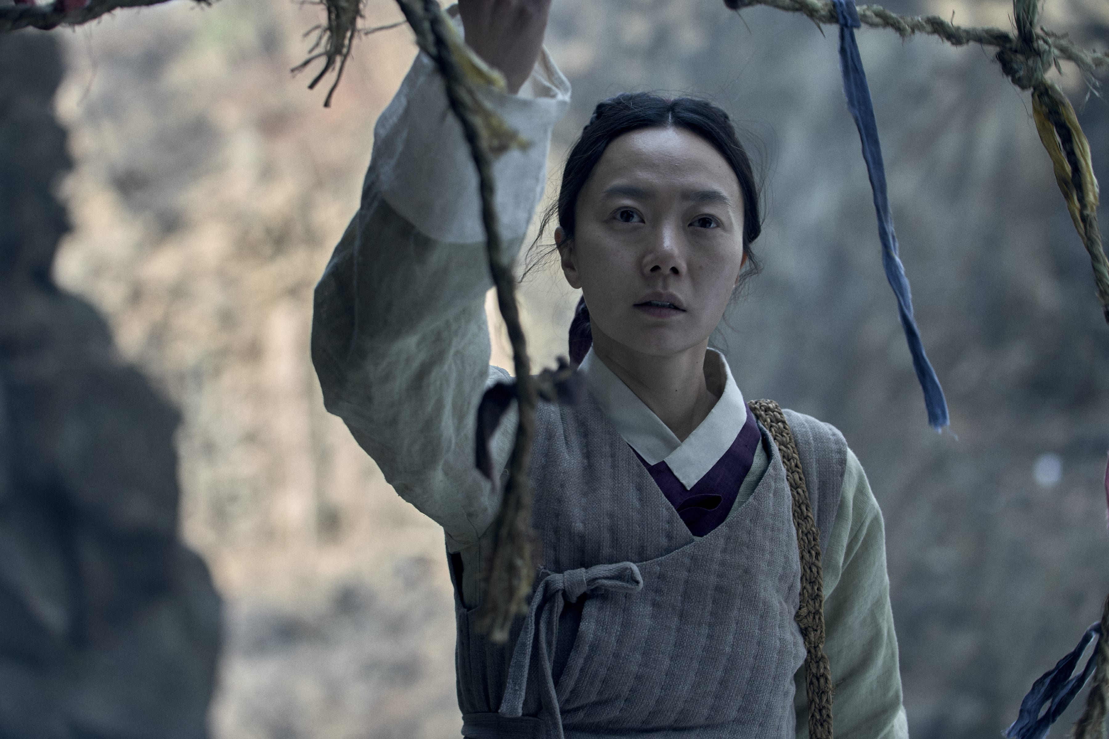 Kingdom Season 2 Update: Seo Bi And Prince Lee Chang Survived Zombie Attack  - Otakukart News