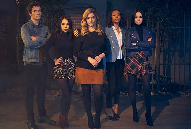 Is Pretty Little Liars: The Perfectionists